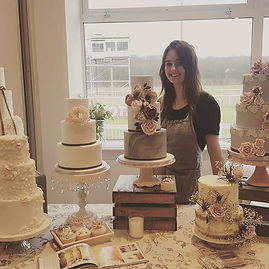 #weddingfayre #weddingcake #vintagecakes