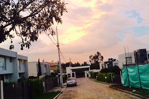 Terreno CUMBAYA vía Lumbisí