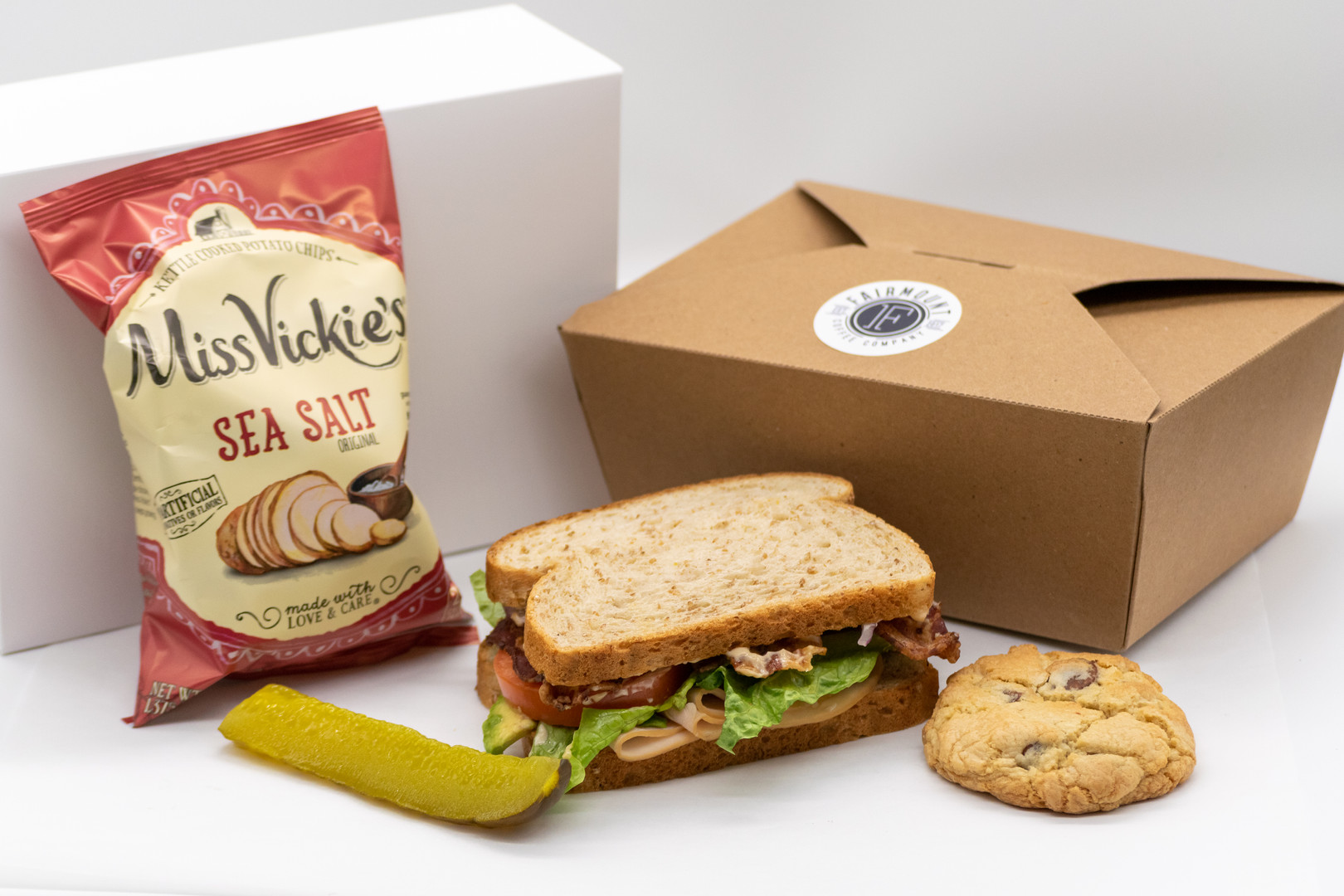 Standard Box Lunch