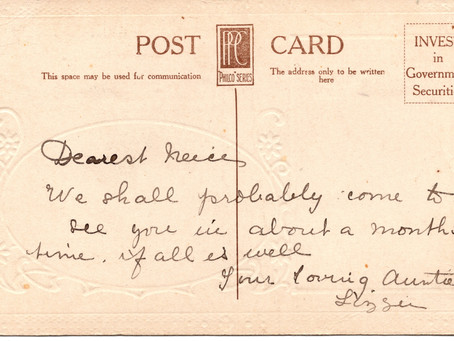 Postcard from Auntie Lizzie