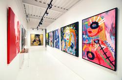 Le+Blank+Art+interior+hallway