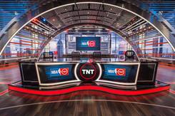 Studio J - TNT