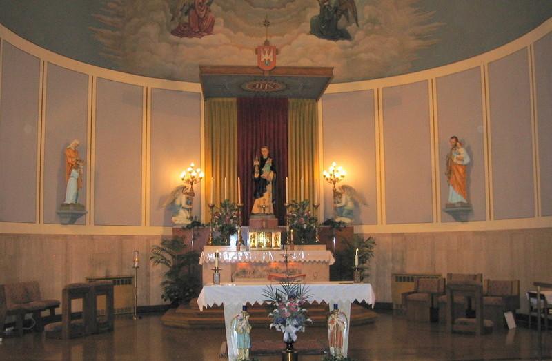 St. Hyacinth Church, Sep 09 001.jpg