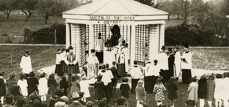 shrine_blessing_1935.jpg