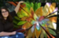 Anonciata Braun-Brinkmann mit ihrem Bild Paradise Garden