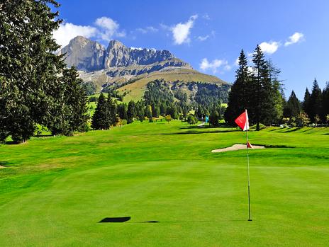 "Golf Club Carezza Südtirol - the ""Mountain Beast"""