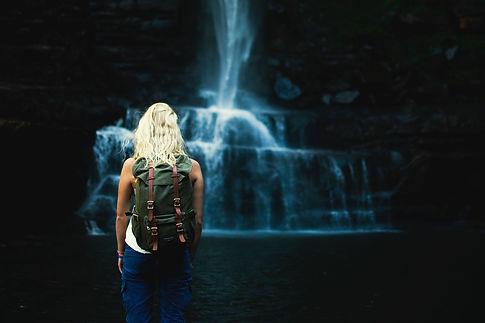 waterfalls-2567310_1280.jpg