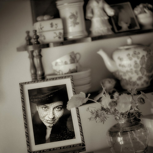 Mel Curtis | Antje's Apartment, Paris | Photography