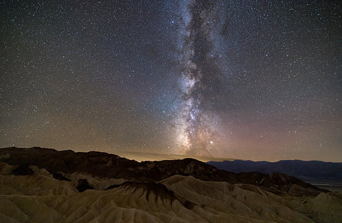 Alison Mehravari | Milky Way in Death Valley | Photography