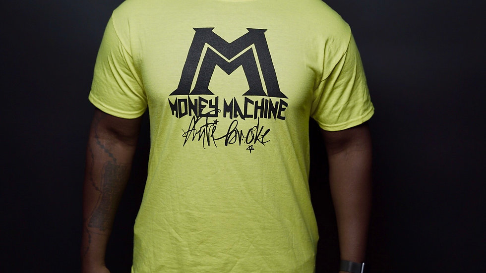 M.M.E. Black Logo T-shirts Ass. colors