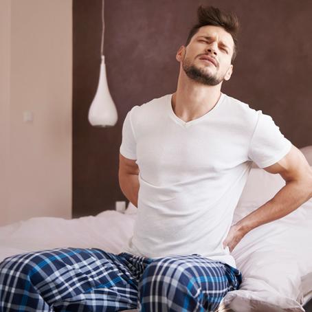 อาการปวดหลังในผู้ชายวัยกลางคน