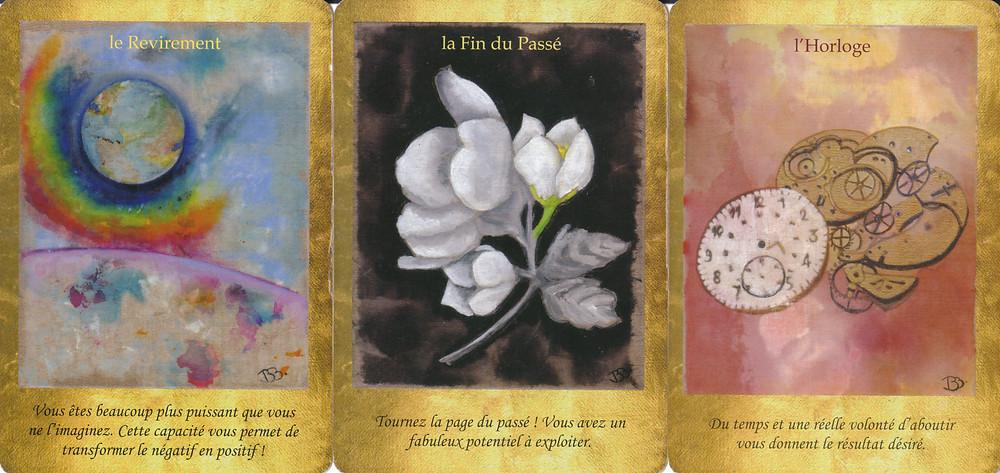 Cartes tirées de l'Oracle Les Portes de l'Intuition de Vanessa Mielczareck et Brigitte Barberane - Le Revirement - La Fin du Passé - L'Horloge