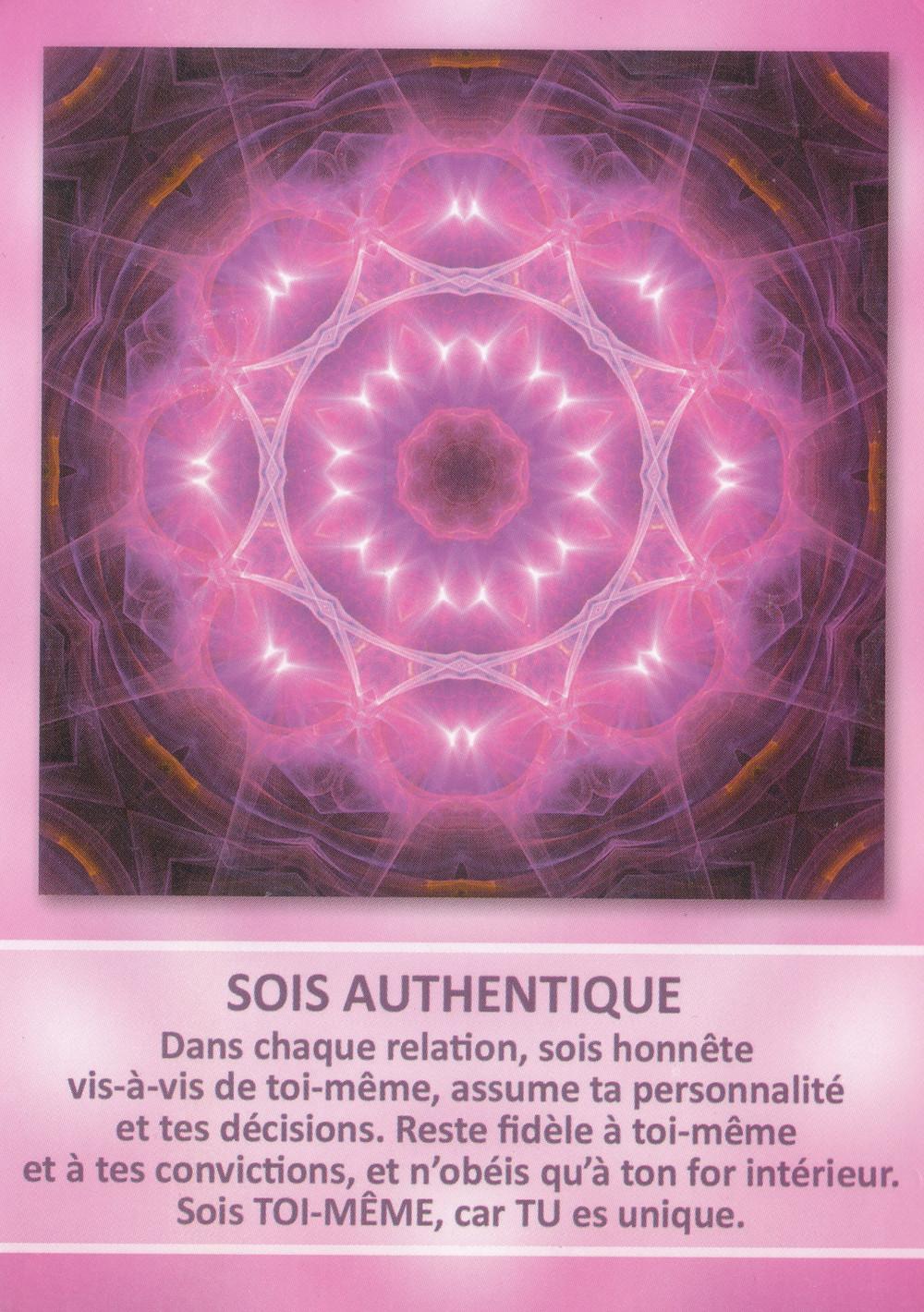 Carte de L'Oracle des Mandalas d'Énergie de Gaby Shayana Hoffmann : Sois Authentique - 31 décembre 2019 : Célébrons la Vie et l'Amour...