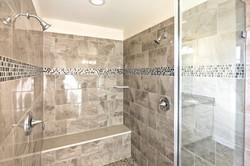 Hampton Owner's Shower