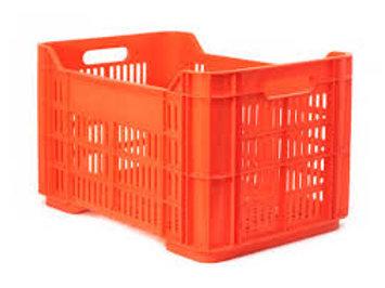 Caja Andrea Calada.