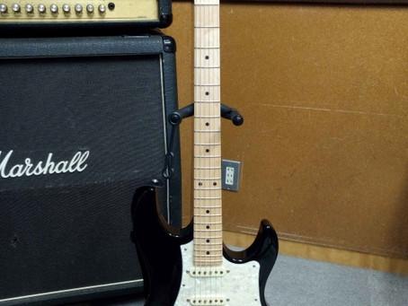 生徒さんのギター紹介