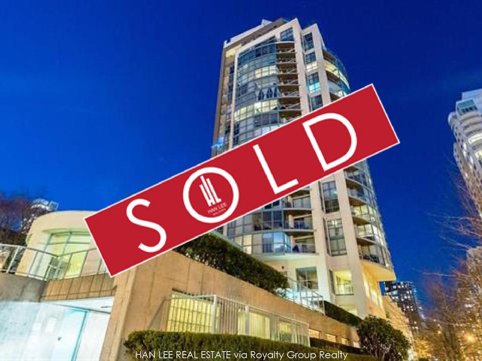 1402 - 907 Beach Ave. Vancouver - $431,000