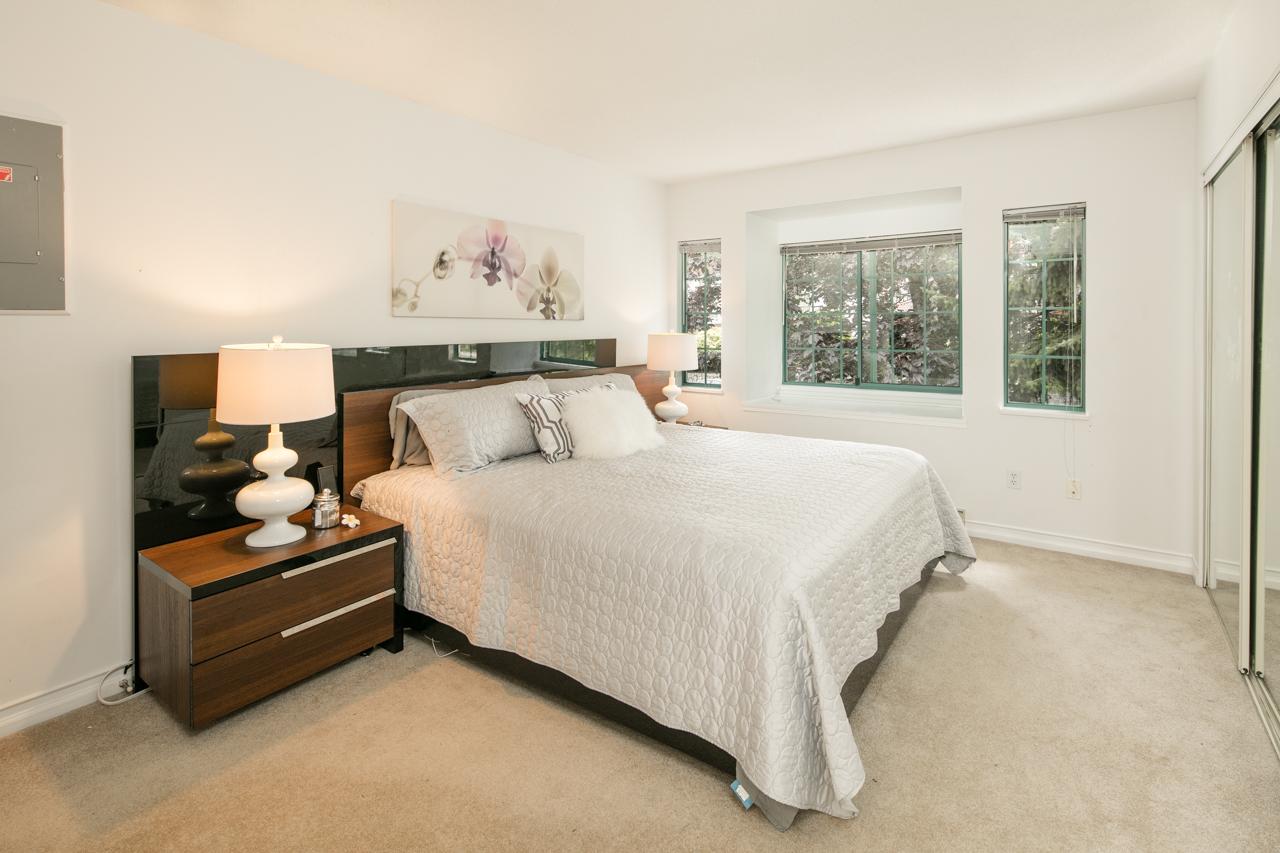 97Master Bedroom