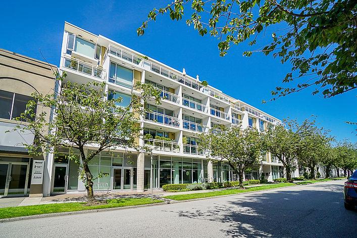 Unit 412 1635 W 3rd Avenue Vancouver-1.j