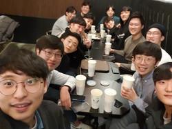 Y20_0221_Group Dinner