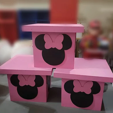 Minnie Mouse Kids Tables