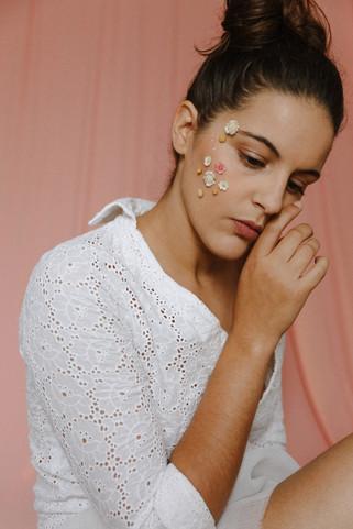Test 1 studio en fleurs self portrait -5