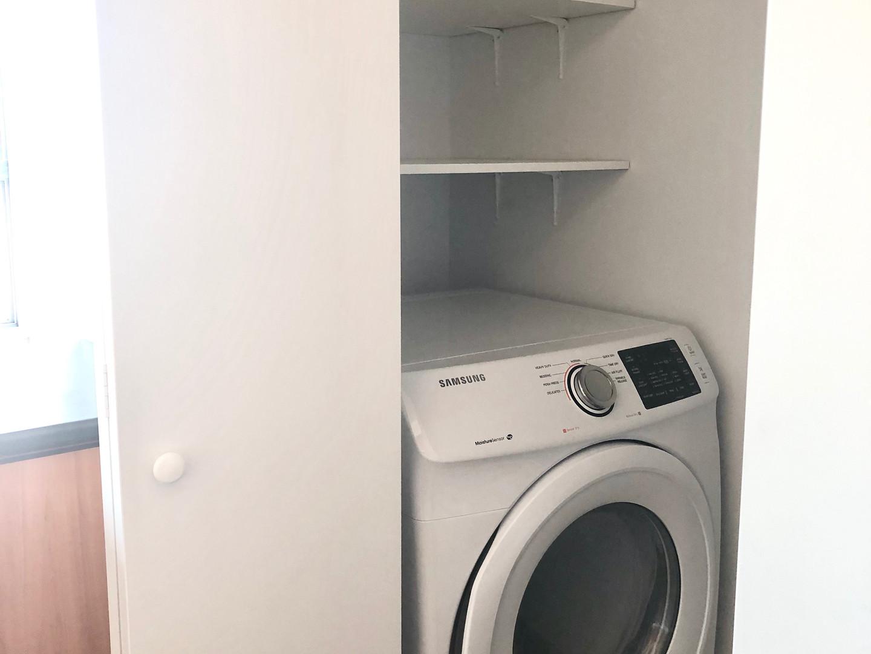 2950 Masson #303 - washer.JPG