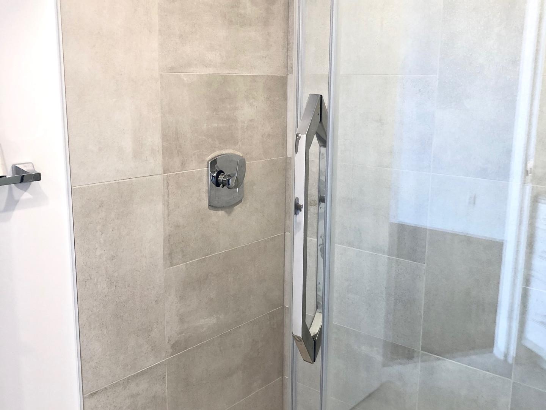 2950 Masson #303 - Washroom 3.JPG