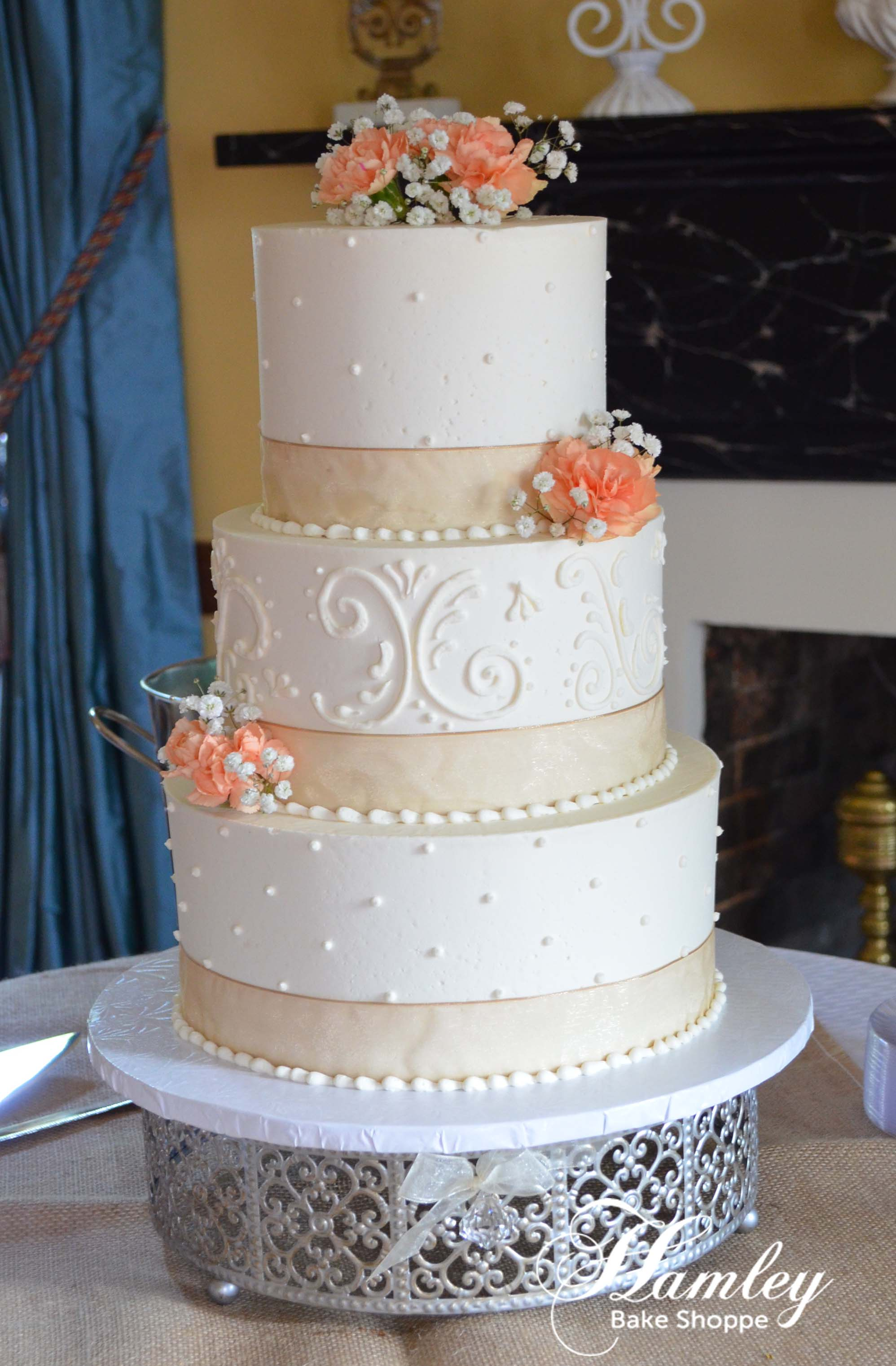 buttercream wedding.jpg