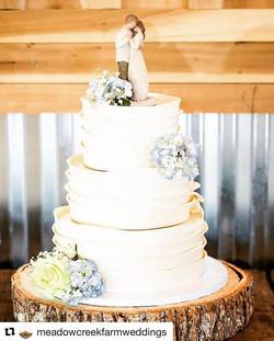 Beautiful wedding cake we made a few wee