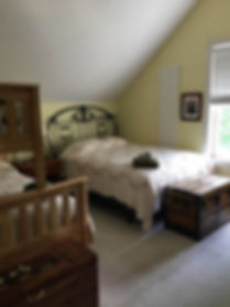 yellow bedroom.jpg