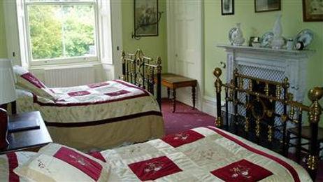Red_Standard-Room.jpg