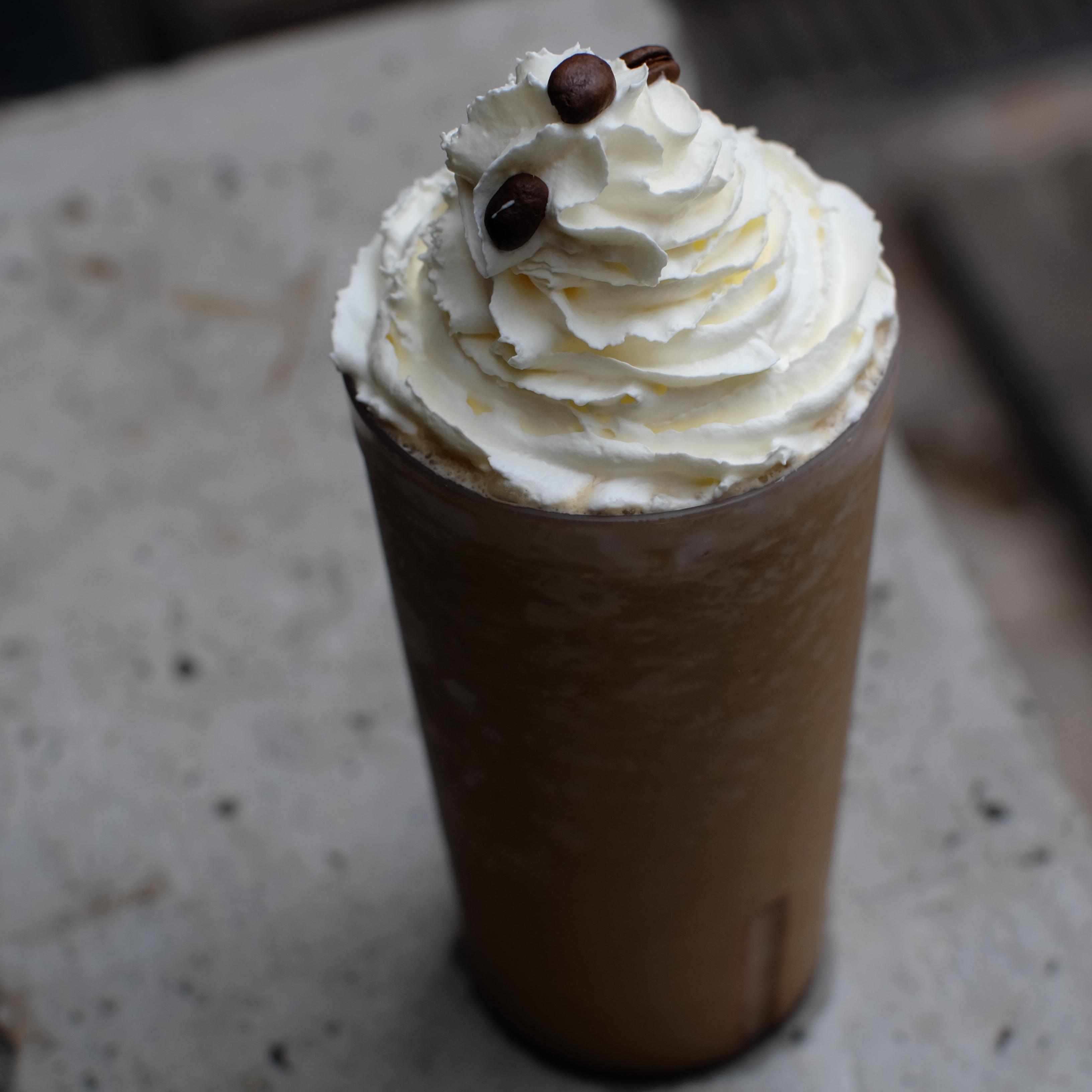 Upnormal Avocado Coffe Frappe