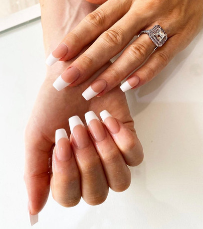 acryllic nails french tip square