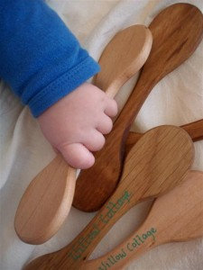 Double-ended teething spoons