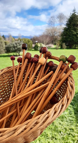 18cm Bamboo Knitting Needles - Pairs - 6mm or 4mm