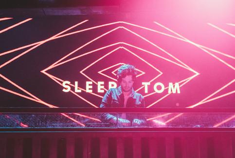 Sleepy Tom-47.jpg