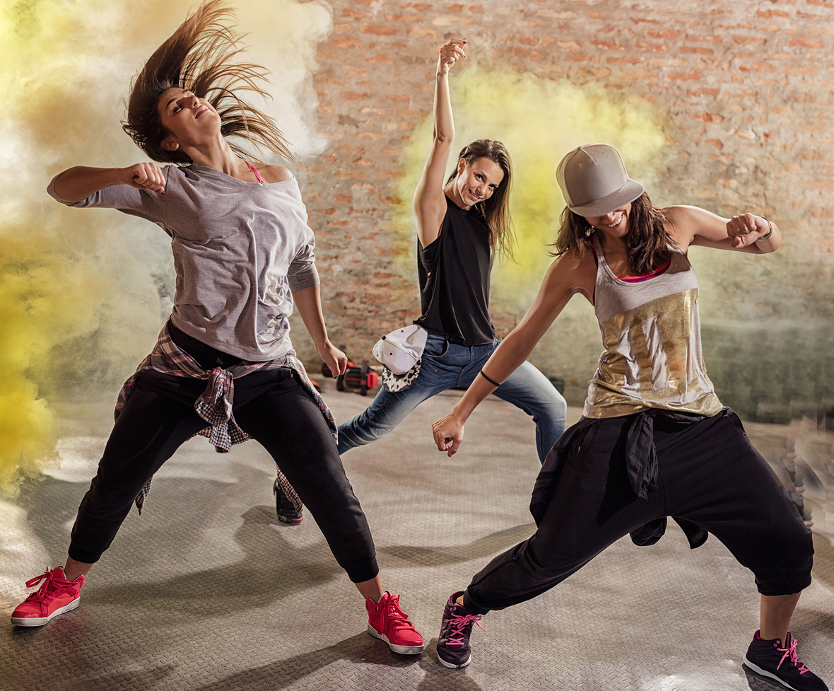 bigstock-Cardio-dance-fitness-workout-ve