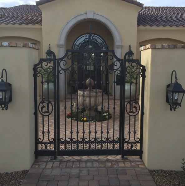 GATE_001.JPG