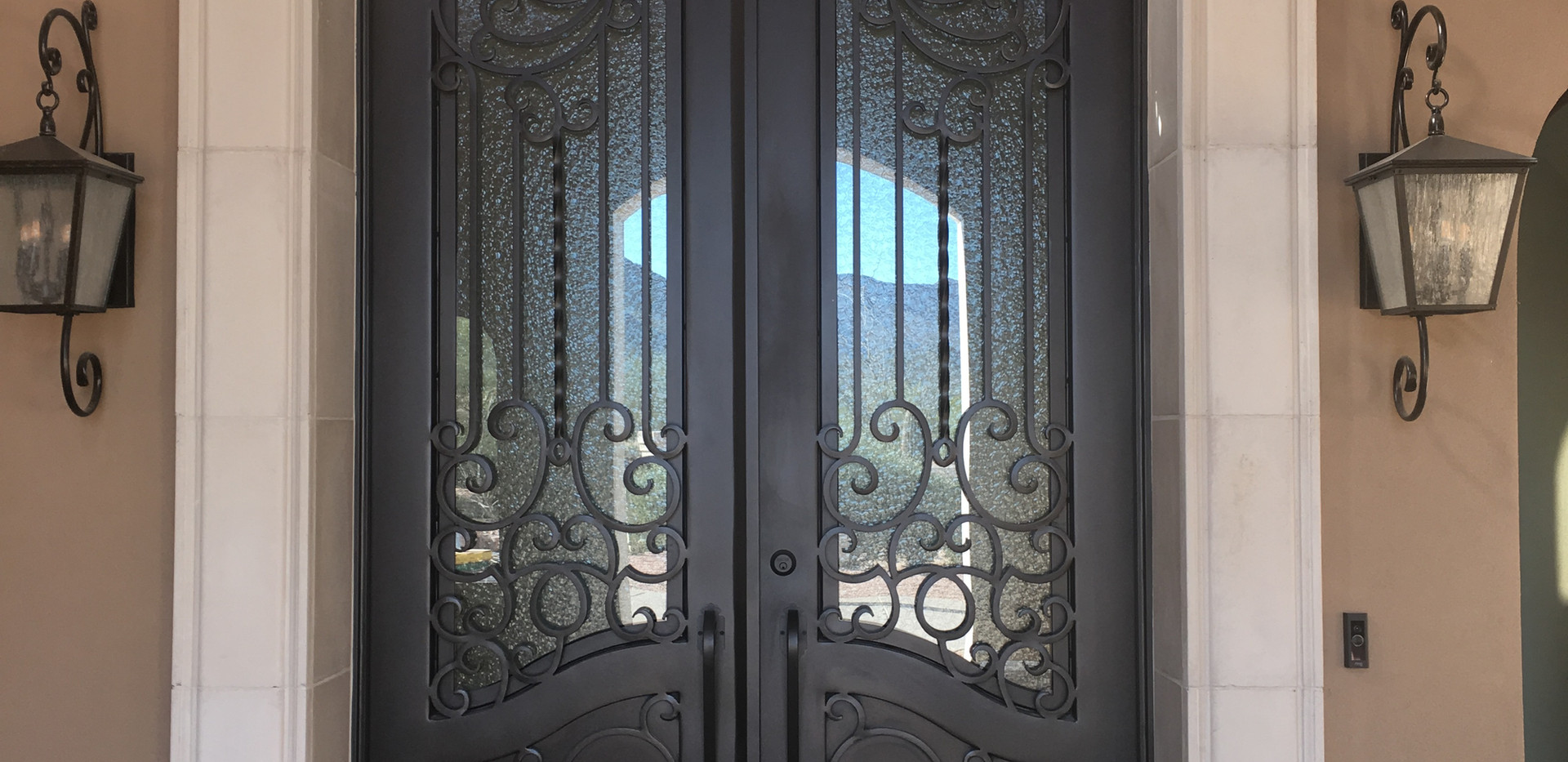 DOOR_013.JPG