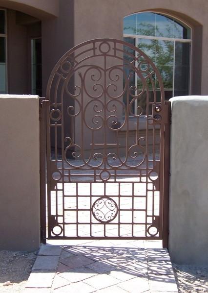 GATE_011.jpg