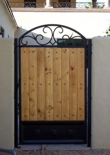 GATE_025.jpg