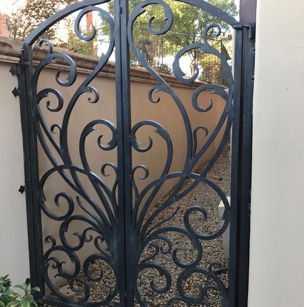 GATE_042.JPG