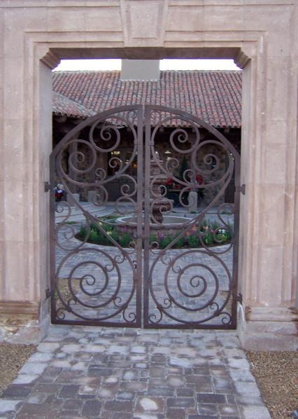 GATE_012.jpg