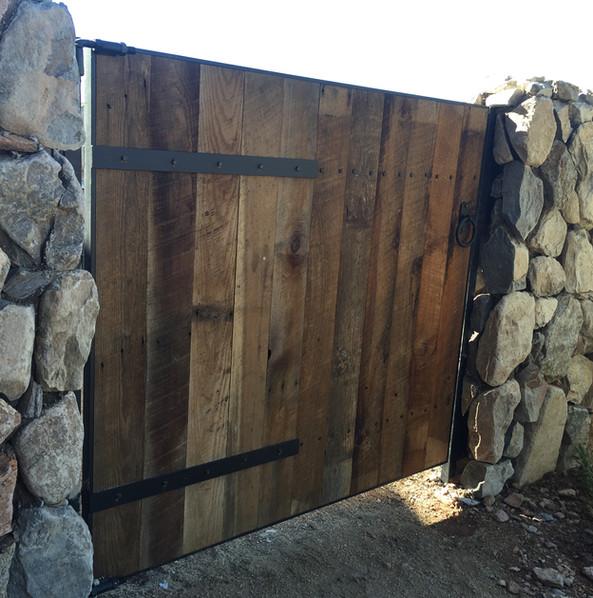 GATE_017.JPG