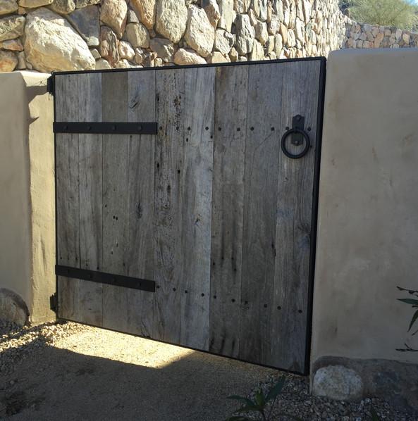 GATE_018.JPG