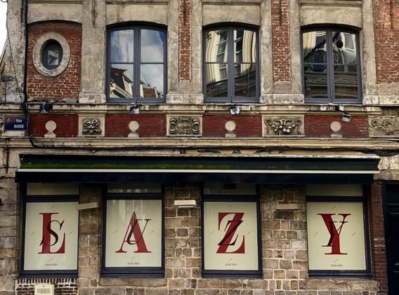 Lazy Suzy - Façade