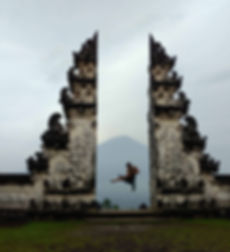 Lempuyang temple gates with Mt Agung in the bckground