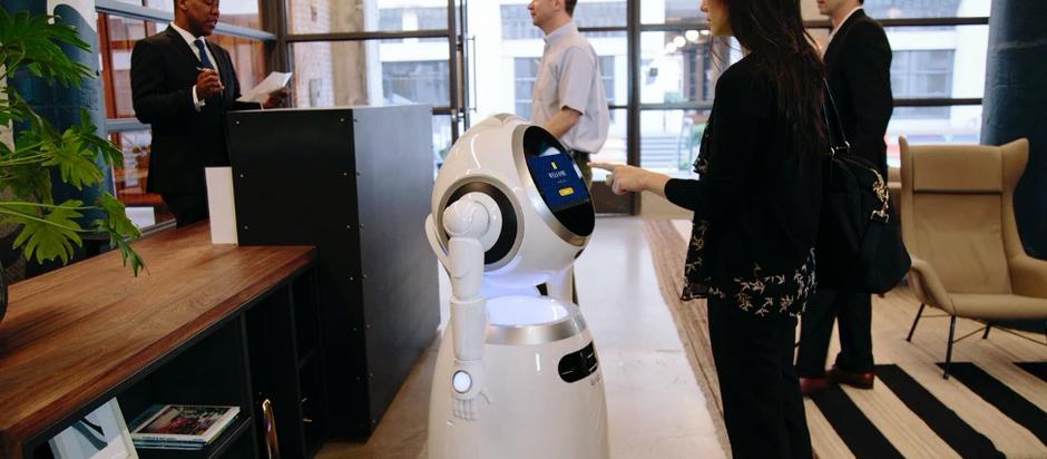 Trois principaux avantages de l'utilisation de robots de services intelligents dans l'hôtel