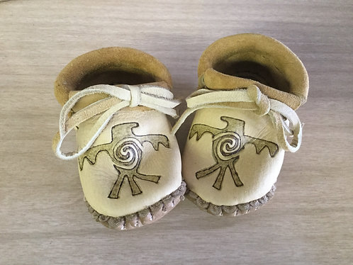 Hand sewn baby moccasins, Size 12 Months, Thunderbird Design, Ready to Ship